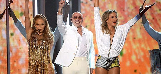 Jennifer Lopez y Pitbull cantaron el tema de Brasil 2014