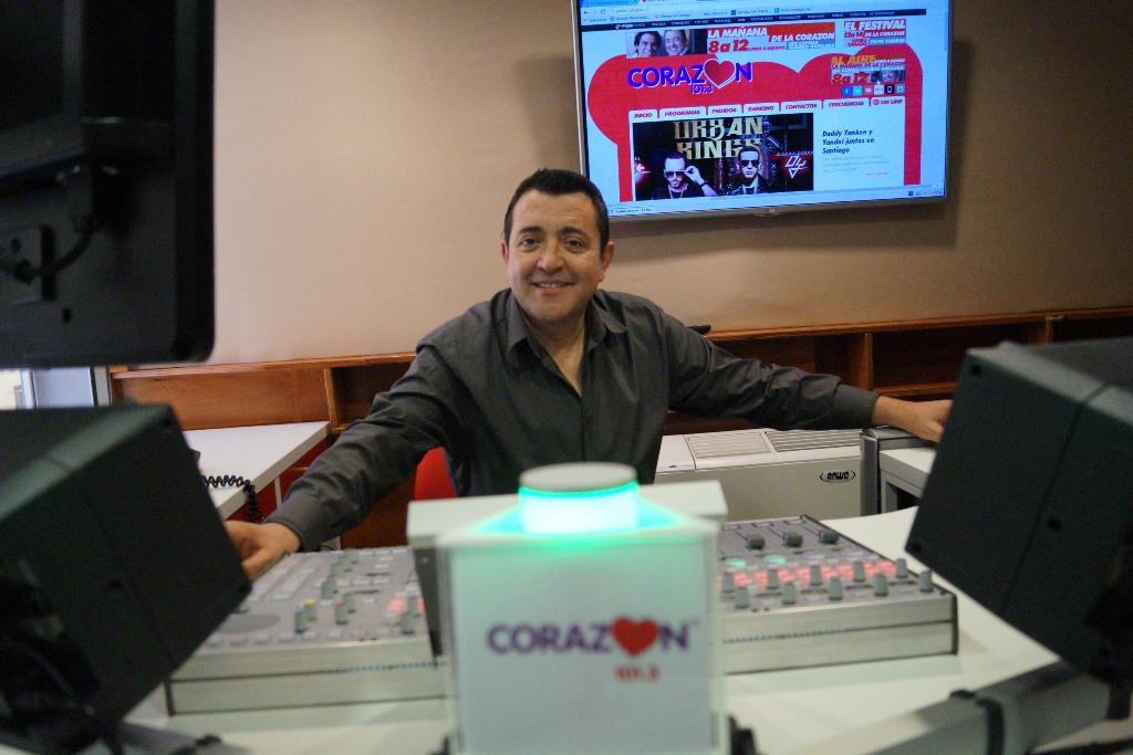 El Nuevo Estudio De Radio Coraz 243 N Radio Coraz 243 N