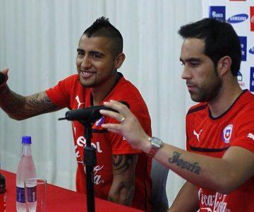 Aseguran que Claudio Bravo se disculpó con Arturo Vidal
