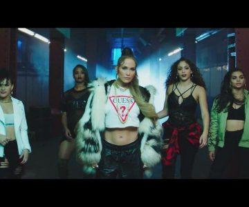 Jennifer López derrocha sensualidad en su nuevo videoclip