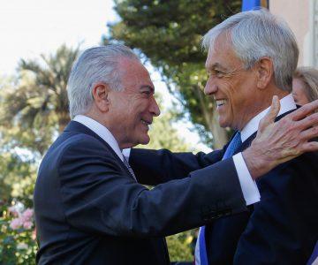 Presidente de Brasil se hace el chistoso y le saca en cara a Piñera que Chile no va al mundial
