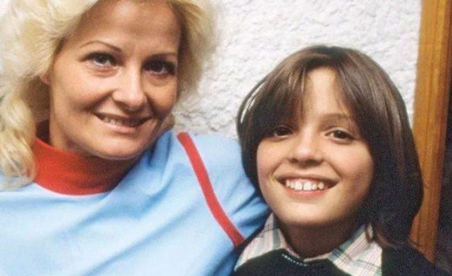 En Argentina conversan con mujer en situación de calle y aseguran que es la mamá de Luis Miguel