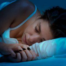 ¡Ojo al charqui! Estudio revela que dormir mucho puede provocar la muerte antes de tiempo
