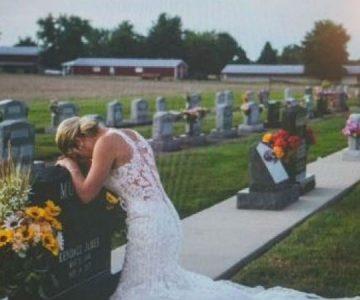 Foto de novia junto a una tumba es viral y emociona en redes