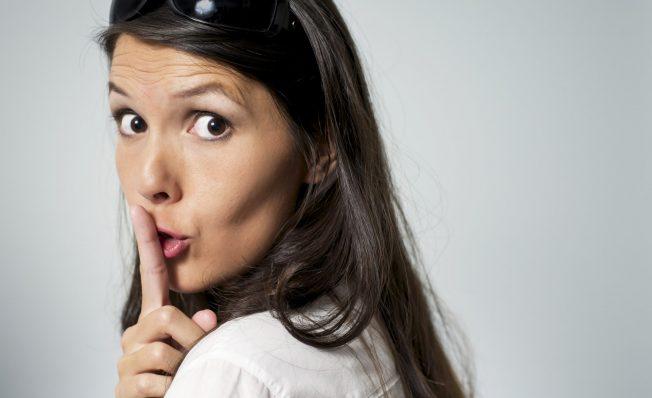 """""""Que mi esposo no sepa que…"""": Malulas confiesan sus secretos más picarones en Facebook"""