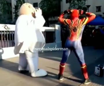 Bailoteo de Estúpido y Sensual Spiderman vs Dr Simi se vuelve viral
