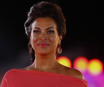 """""""Me Importa Un Carajo"""" nos dice Marlen Olivari en su nuevo video musical"""