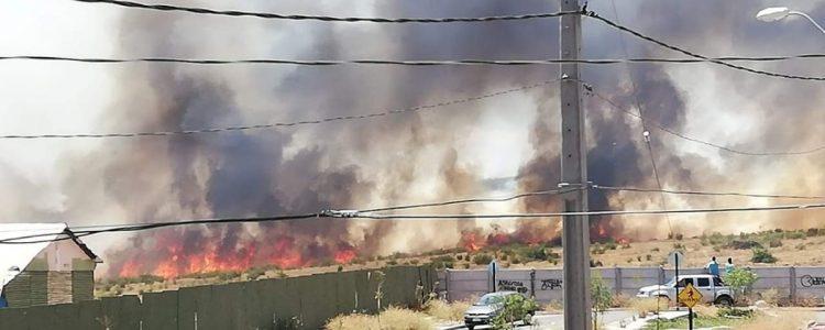 Onemi declara Alerta Roja en Puente Alto por los incendios forestales