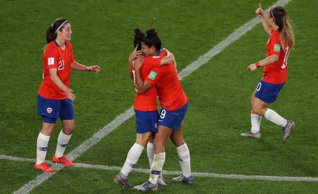 Chile se despide del Mundial de Fútbol femenino con un triunfo ante Tailandia