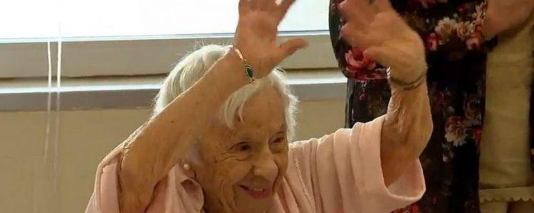Mujer contó su secreto para llegar a los 107 años: «Nunca me casé»