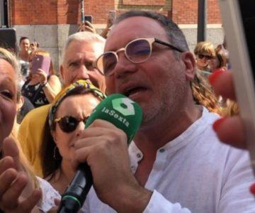 Luis Jara terminó cantando en la TV española en su despedida a Camilo Sesto