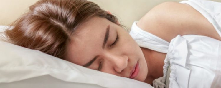 Las personas que duermen siesta tienen menos riesgo de sufrir un infarto