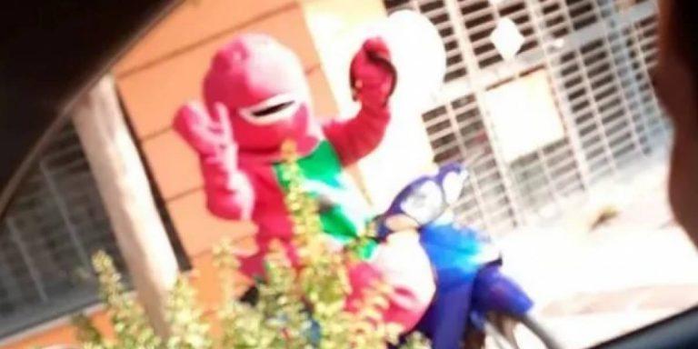 Cuarentena Barney